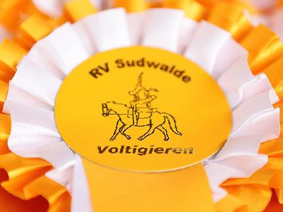 Turnierfotos vom Voltigierturnier Sudwalde (Heideloh) 2019